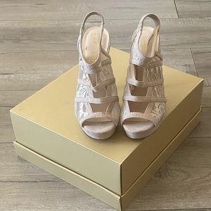 NWOT Nude Cream Nine West Sandal Heels
